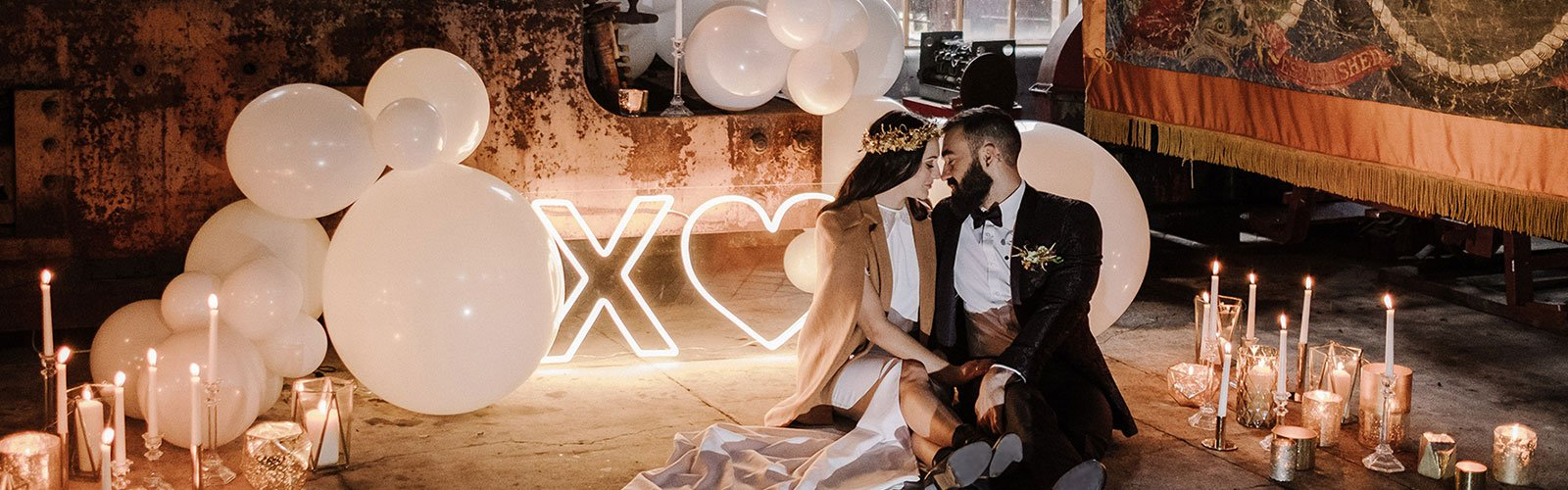 Wedding neon signs: X Heart